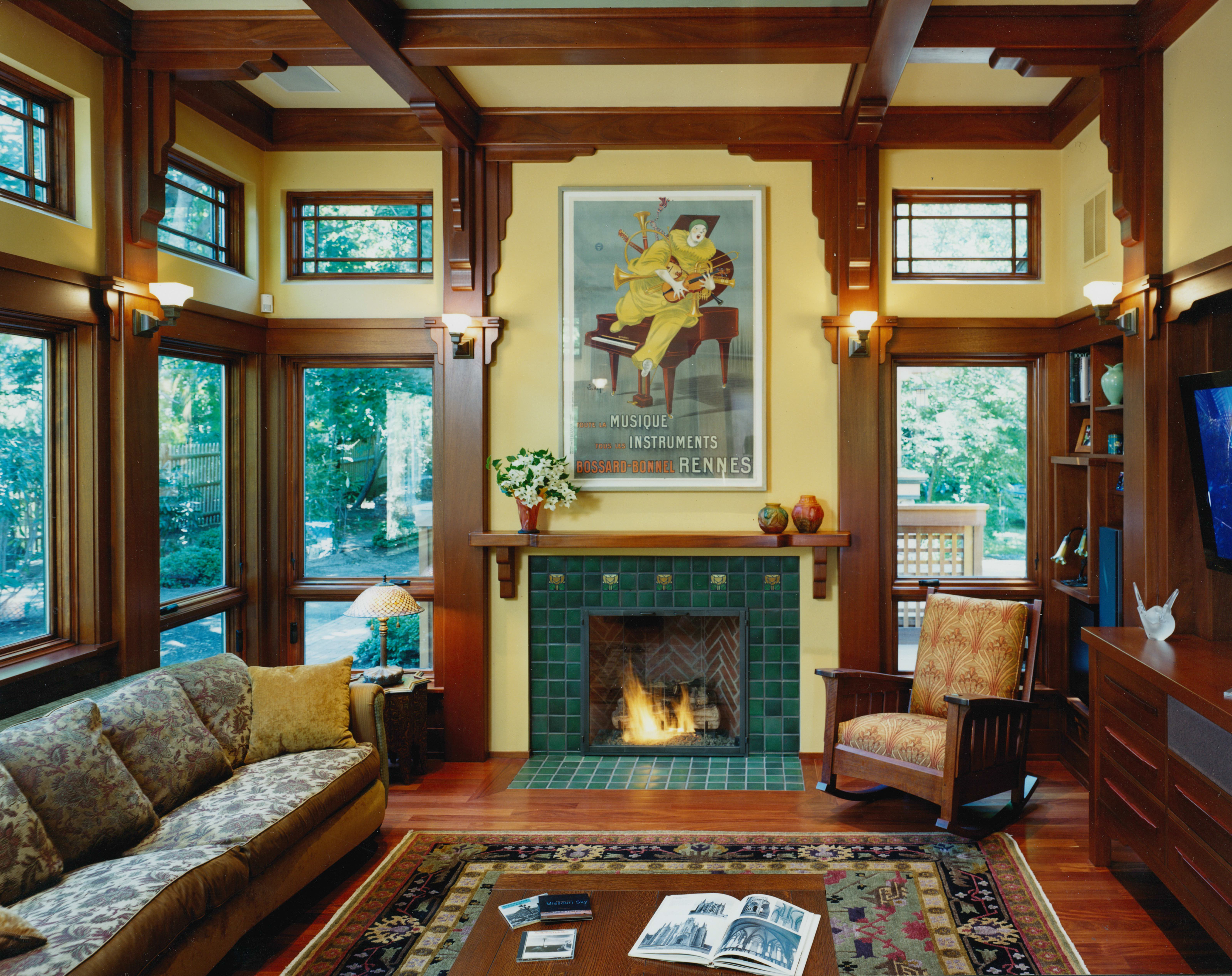 Live in Bay Window interior
