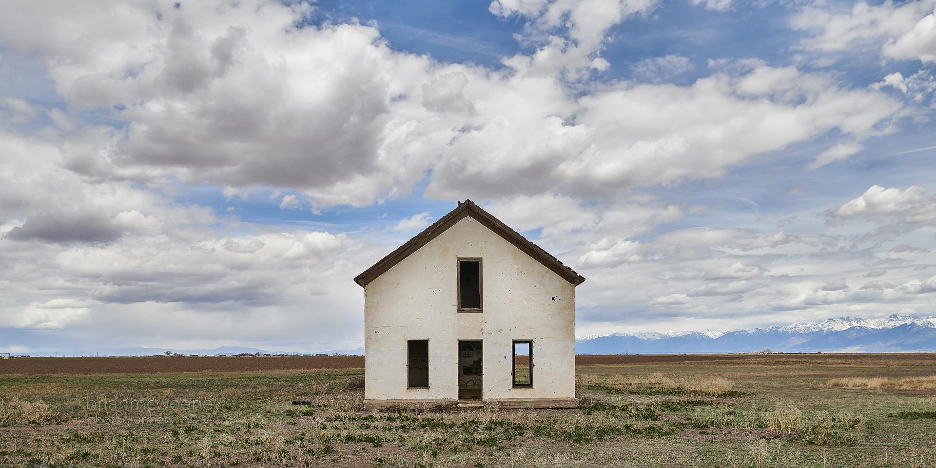 Colorado Farmhouse, Mosca Colorado, 2019 Photograph