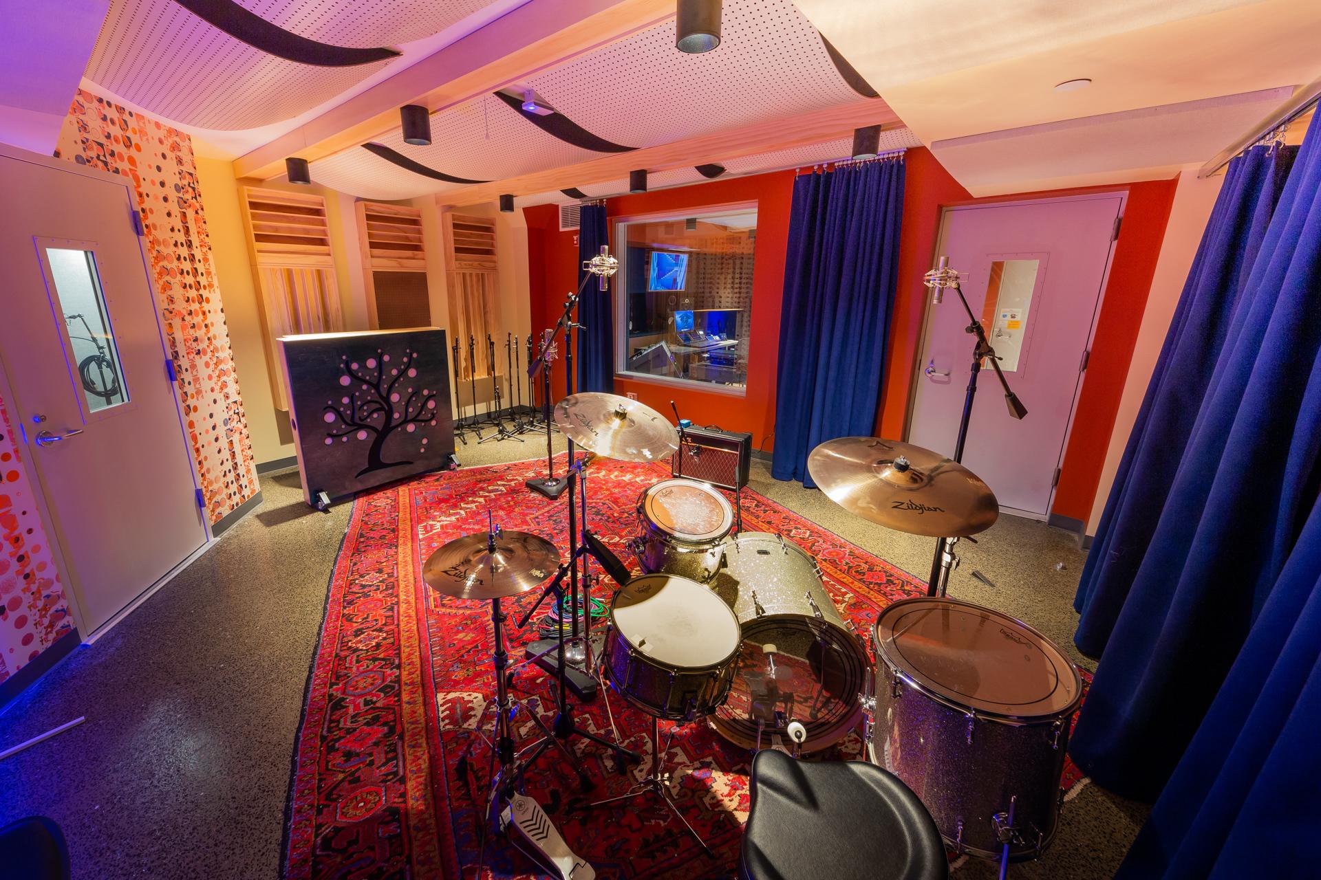 The Record Co 7605 Studio B Jenny Bergman2021